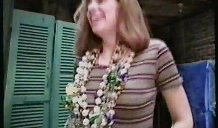 STP1 Et elle ressemble à du beurre ne fondrait pas dans sa bouche! porno russe famille