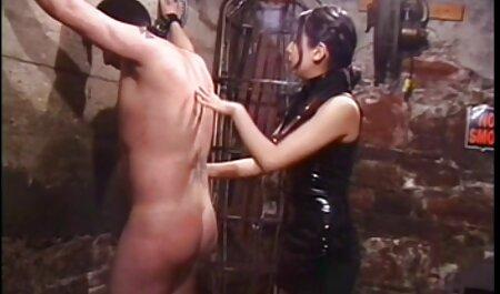 Belle-mère glamcore aime la levrette film porn famille