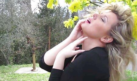 La vie est étrange vidéo porno entre famille porno complète
