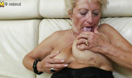 Jolis seins en vacances porno diner de famille (vol. 2)
