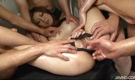 Une femme de ménage allemande latina fait une double pénétration anale à film porno famille francais trois