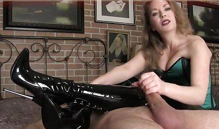 Lesbiennes famille italienne porno blondes lécher humide rasé chattes