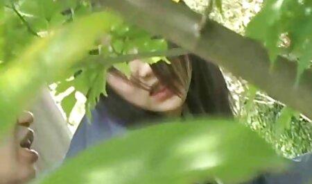 Date Slam - famille film porno Une blonde de 22 ans baisée à Bali - Partie 2