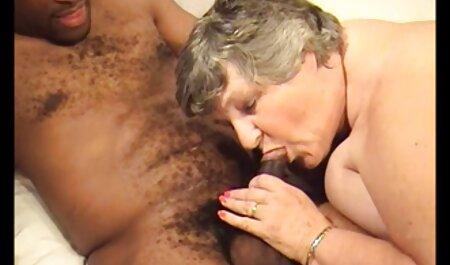Marie la petite gazelle film de sexe en famille s'offre à deux mecs