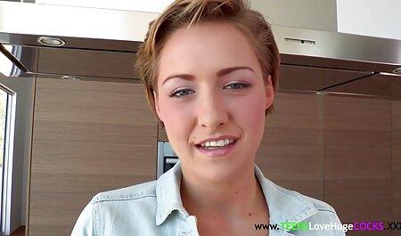 Hot brunette fait une belle porno famille film camshow