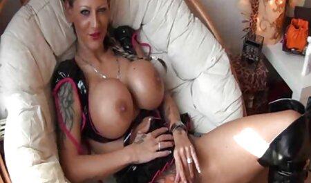 La japonaise sexy Yu Yamashita suce porno famille en français une bite et se fait pilonner