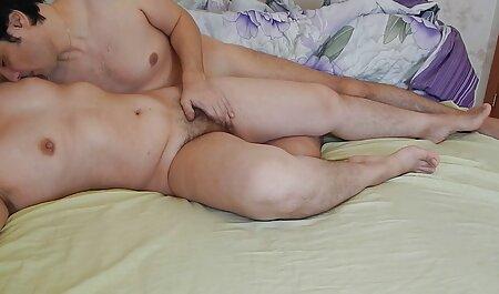 Tasha Reign est une pute sexe en famille streaming très très coquine