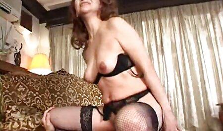 Maggie Green aux gros seins porno family francais naturels se fait pilonner la chatte et le trou de tarte