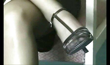 MILF film porno familial Trip - La MILF voluptueuse Allesandra se masturbe - Partie 1