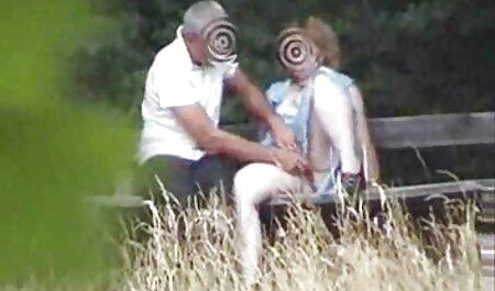 Eurobabe chic rebondit sur la bite de film x famille francais son amoureux