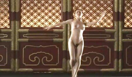 Humiliation d'esclave en plein porn famille french air