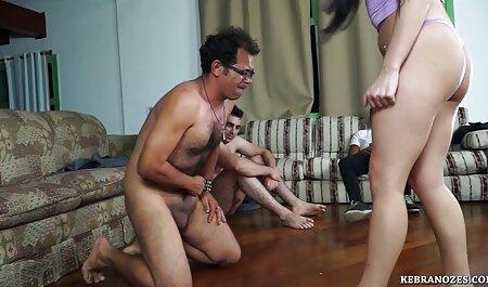 Belle la famille addams porn fille blonde B22