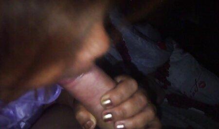 Jolie rousse baisée en plein sex famille gratuit air