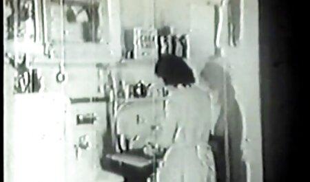 L'infirmière Ariel Alexus film porno de famille et les hommes blancs