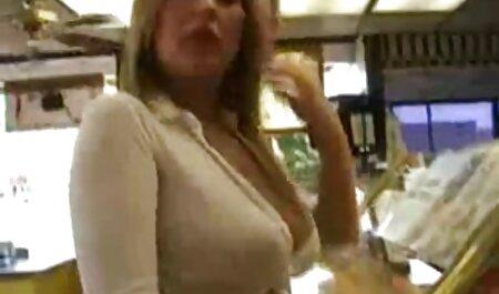 Cock faim dame a une séance de baise porno french family sauvage et reçoit une éjac faciale