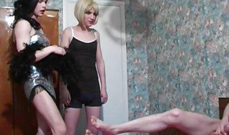 J'ai hâte de te donner film porno la famille un footjob JOI