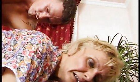 AMIE ALLEMANDE LAISSE BF BAISER massage famille porno UNE AUTRE FILLE ET LA REGARDER