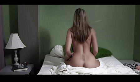 Je vais vous montrer à quoi ça ressemble film porn famille quand j'ai un vrai orgasme